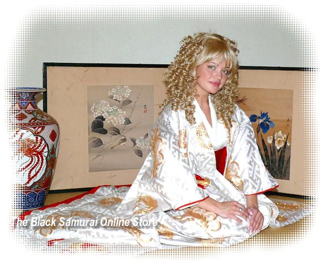 Japanese Traditional Wedding Kimono Gown. Japanese Vintage